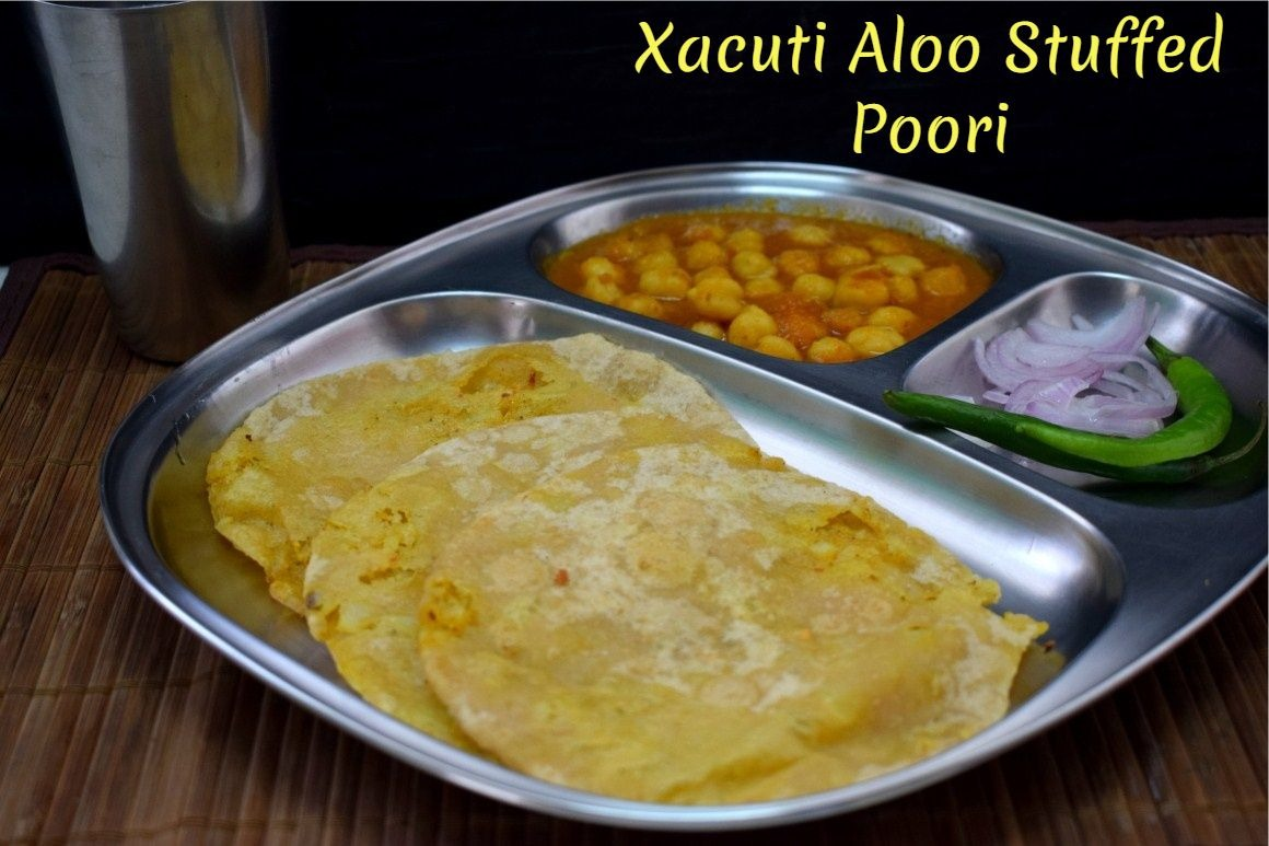 Stuffed Aloo Poori with Xacuti Masala